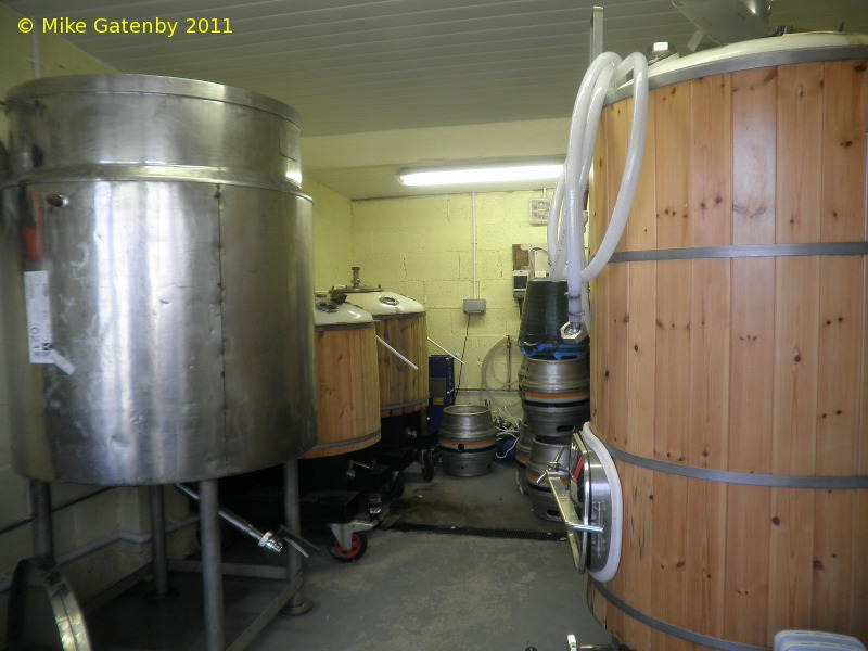 A picture of the brewing plant of Cerddin Brewery